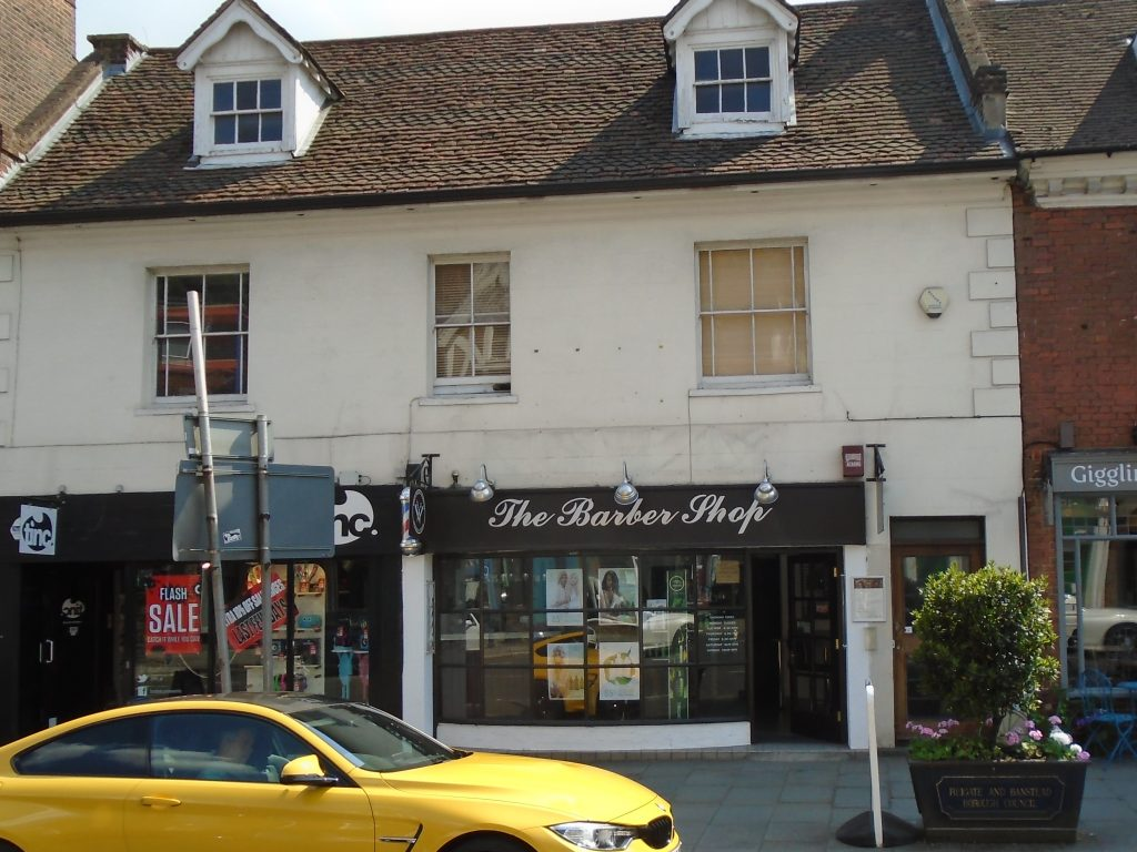 CHARACTER HIGH STREET SHOP TO LET